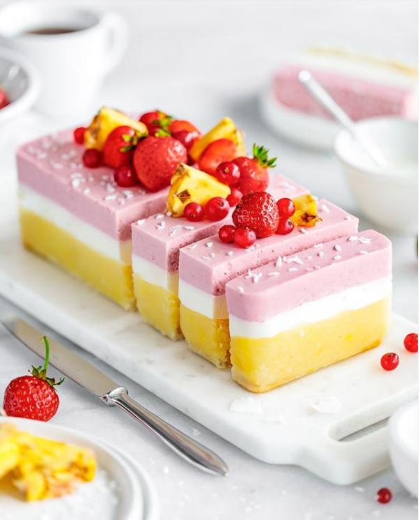Barbarajustblog strawberry pineapple ginger cake